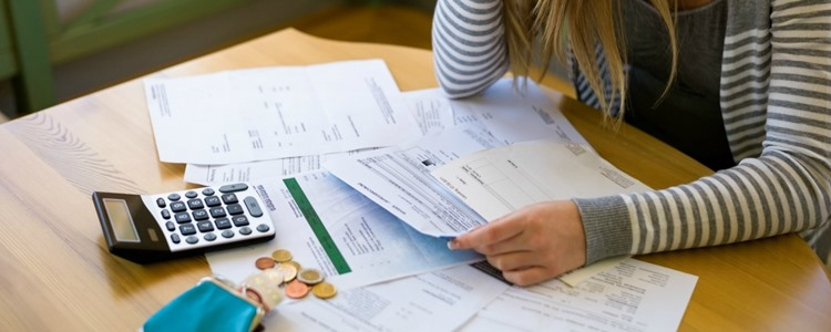 How to Overcome Holiday Debt With a Balance Transfer