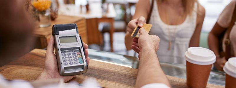 Using A Credit Card To Improve Your Credit Score