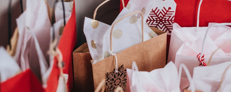 Best Rewards Cards for Holiday Shopping