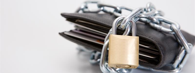 Are RFID Blocking Wallets Worth the Effort?